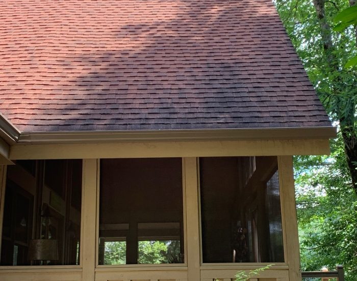 mildew removal off roof-Hendersonville-roof cleaning costs