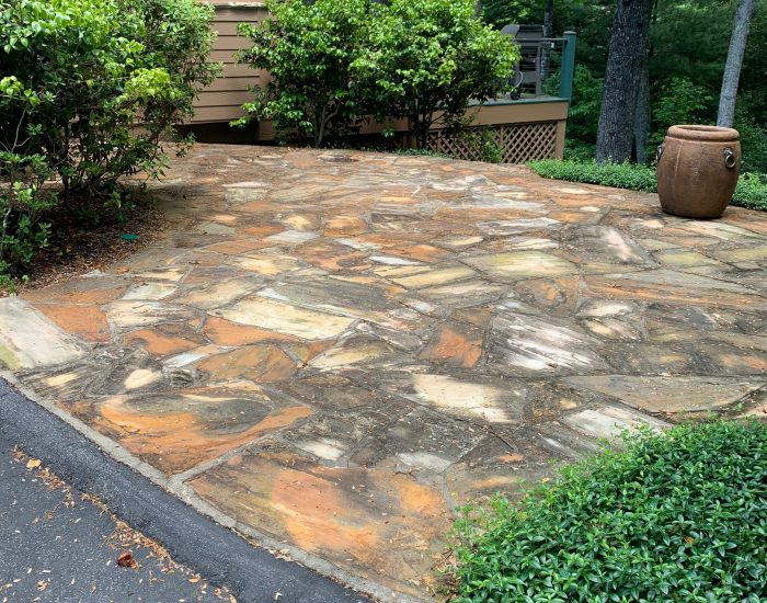 mildew and mold on flagstone patio in Hendersonville, NC