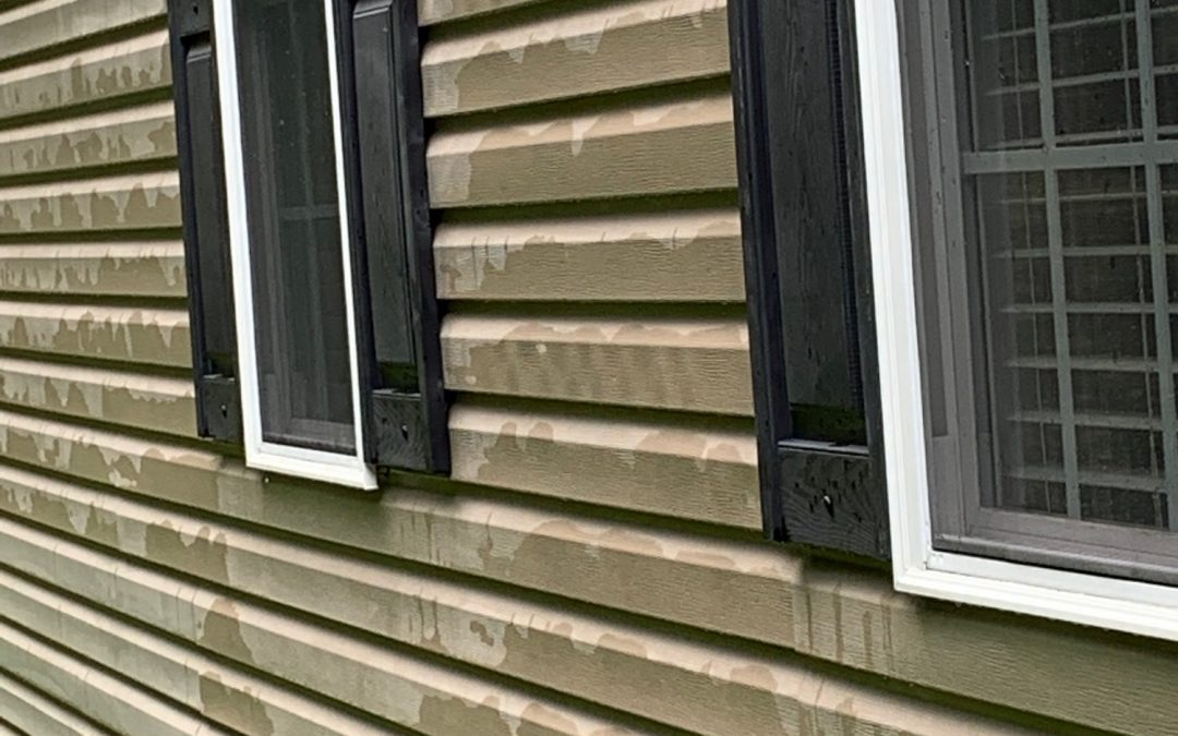 Pressure Washing Vinyl Siding