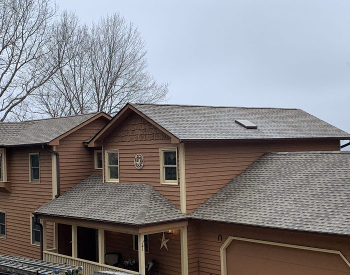 gutter and roof cleaning in Hendersonville NC